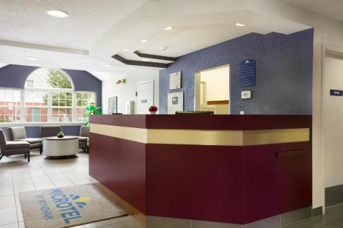 Microtel Inn By Wyndham Louisville East - Louisville, KY 40299