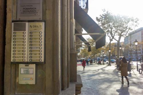 Hostalin Barcelona Passeig de Gràcia photo 21
