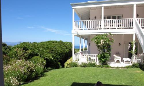 Southern Cross Beach House Photo