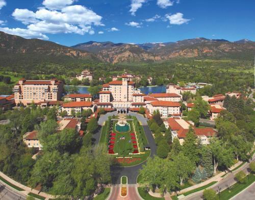 The Broadmoor, 1 Lake Avenue, Colorado Springs, CO 80906