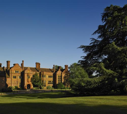 Hanbury Manor Marriott Hotel & Country Club photo 23