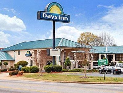 Days Inn By Wyndham Thomaston