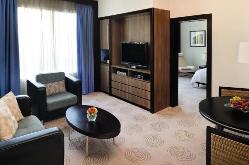 AVANI Deira Dubai Hotel photo 5