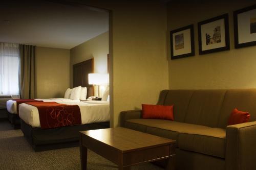 Comfort Suites Airport Tucson Photo
