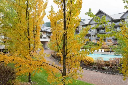 The Aspens By Whistler Accommodation - Whistler, BC V0N 1B4