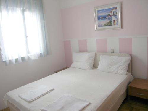 Apartment Lajos