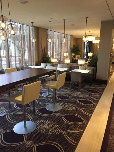 Doubletree By Hilton Minneapolis North - Brooklyn Center, MN 55430