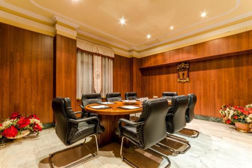 Hotel Infanta Cristina 16