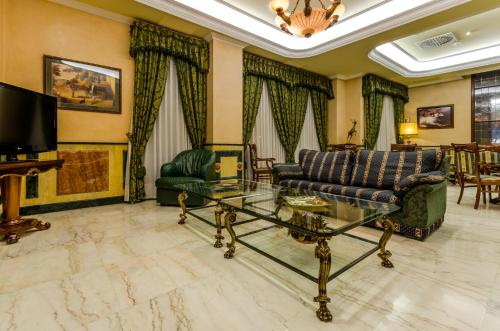 Hotel Infanta Cristina 38