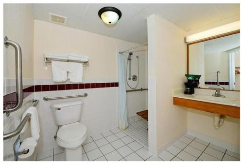 Quality Inn & Suites - New Prague, MN 56071