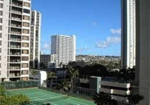 One-bedroom Apartment - Honolulu, HI 96815
