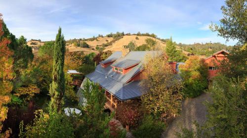 Eden Vale Inn Photo