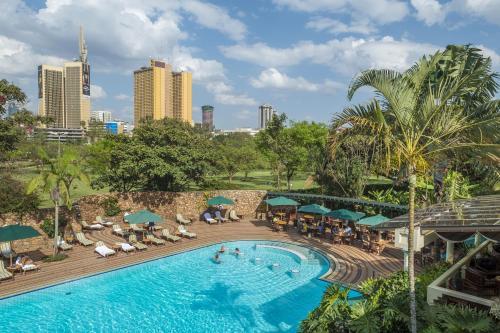 ナイロビ セレナ ホテル