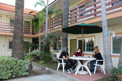 Garden Inn San Gabriel Photo