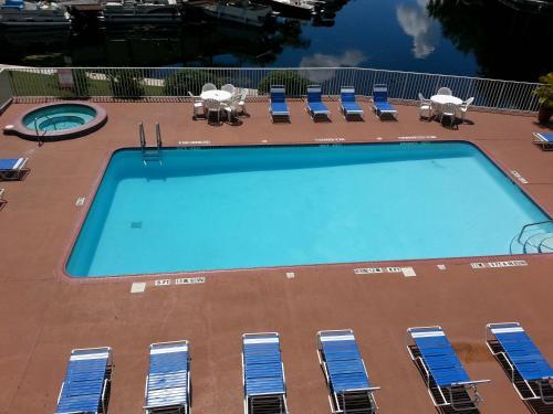Vista Hotel On Lake Tarpon