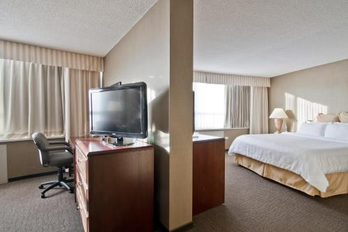 Chateau Lacombe Hotel Photo