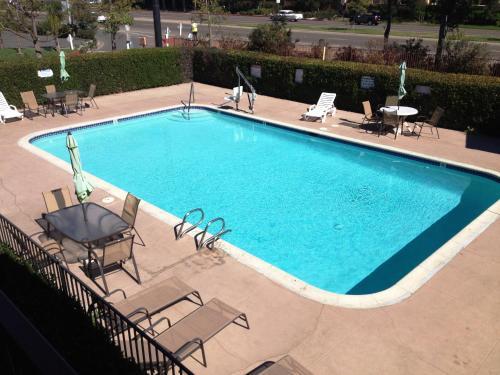 Quality Inn & Suites Escondido Photo