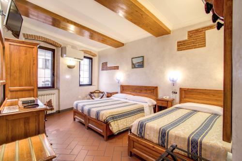 Hotel Lorena photo 11
