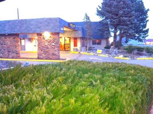 Loyalty Inn - Pasco, WA 99301