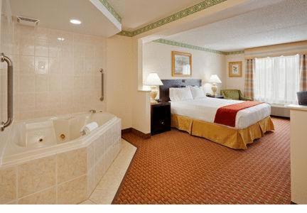 Holiday Inn Express Hotel Easton