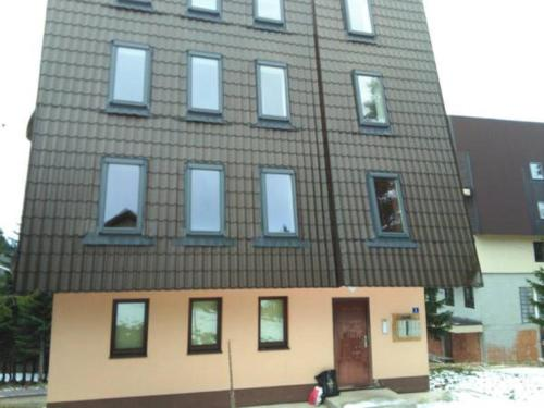 Apartment Tom