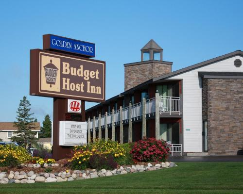 Budget Host Inn & Suites - Saint Ignace, MI 49781