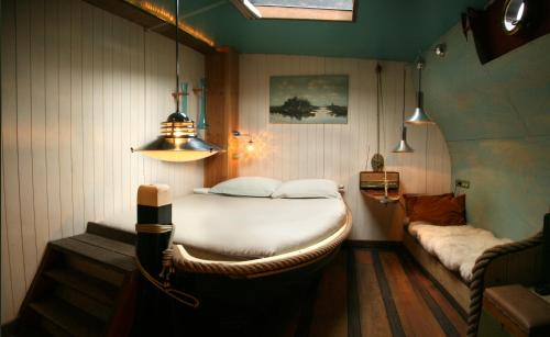 Hotel-overnachting met je hond in Boat 'Opoe Sientje' - Nijmegen