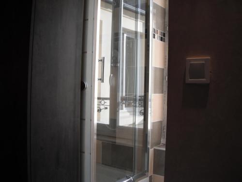 LPL Paris Hotel photo 18