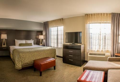 Staybridge Suites Schererville - Schererville, IN 46375