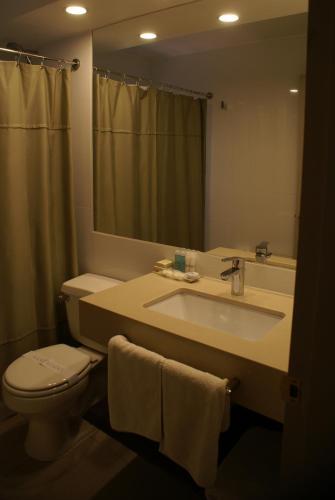 Hotel Los Españoles Photo