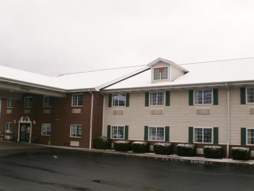 Baymont Inn & Suites Mount Vernon Renfro Valley Photo