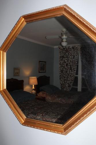 Auberge Chesley's Inn - Cornwall, ON K6J 1B9