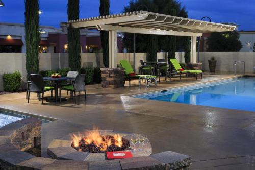 Hampton Inn & Suites Las Vegas South photo 7