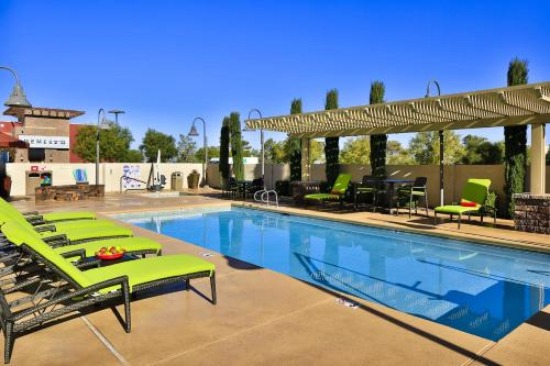 Hampton Inn & Suites Las Vegas South photo 8