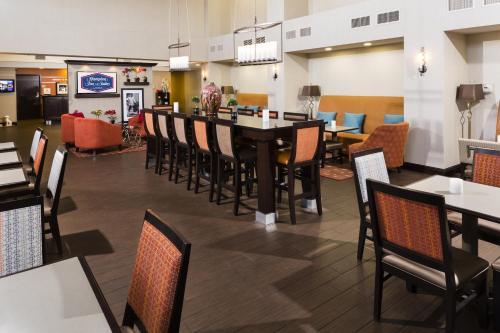 Hampton Inn & Suites Las Vegas South photo 10