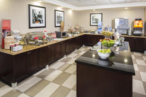 Hampton Inn & Suites Las Vegas South photo 11