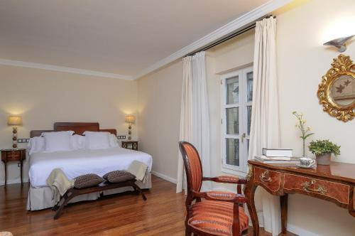 Habitación Doble Superior - 1 o 2 camas Casona del Boticario 9