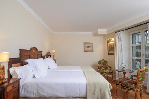 Habitación Doble Superior - 1 o 2 camas Casona del Boticario 10