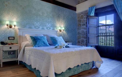 Vierbettzimmer mit Bergblick Hotel Real Posada De Liena 10