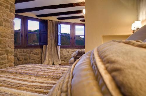 Suite Hotel Real Posada De Liena 10