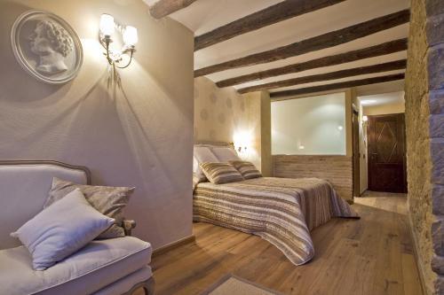 Suite Hotel Real Posada De Liena 11