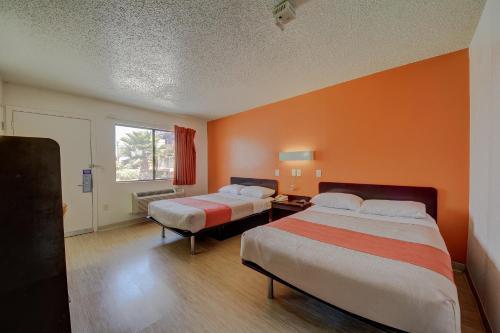 Motel 6 San Antonio - Ft Sam Houston - San Antonio, TX 78218