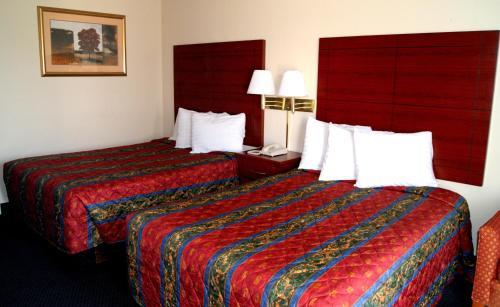 Red Carpet Inn - Natchez - Natchez, MS 39120