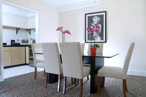 Artmore Hotel - Atlanta, GA 30309