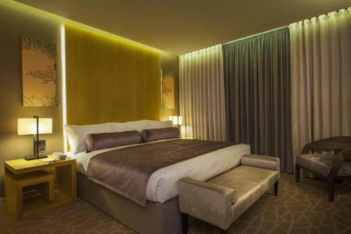 Resorts World, Birmingham, B40 1PU.