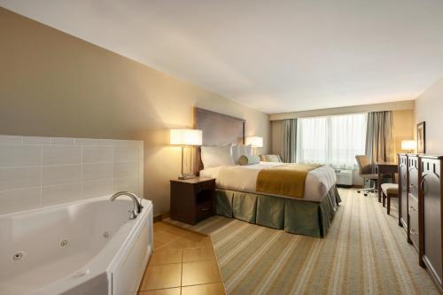 Country Inn & Suites By Radisson Bemidji Mn - Bemidji, MN 56601