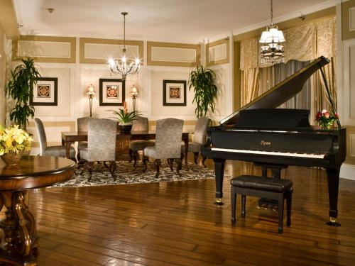 The Roosevelt New Orleans Hotel Review Usa Travel