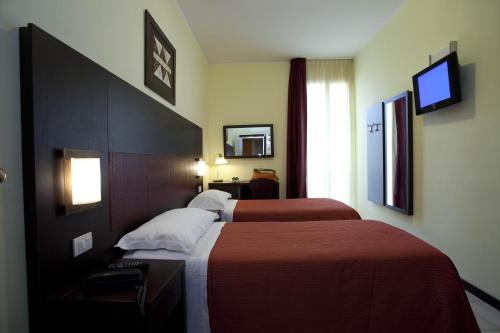 Hotel Alibi Photo