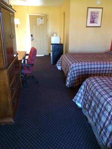 Scottish Inn Photo