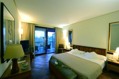 Double or Twin Room with City View - single occupancy Hotel Cigarral el Bosque 9